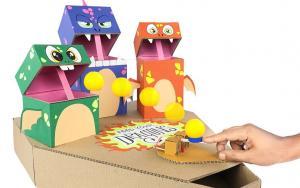 用纸板做一个打怪兽的玩具