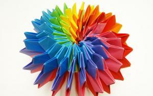 能无限翻转的组合型折纸烟花