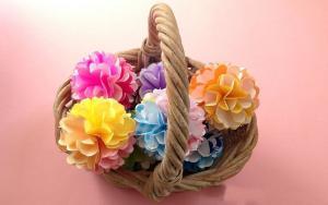 美少女感的折纸花球,放在屋里很漂亮