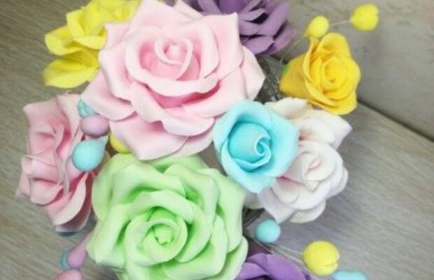 用粘土制作玫瑰花的步聚图解