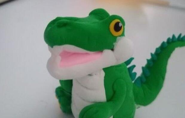 小学生手工,超轻粘土捏小鳄鱼步骤教程