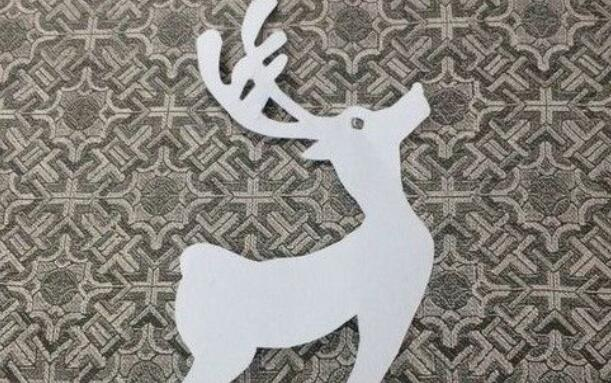 漂亮的小鹿剪纸步骤图解