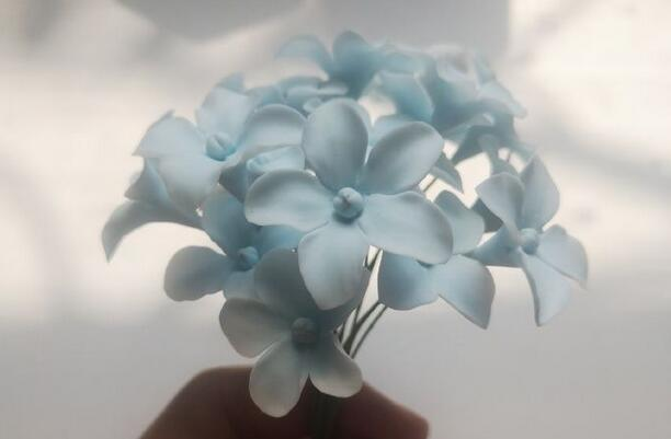 淡蓝色的粘土小花小清新风格步骤图解