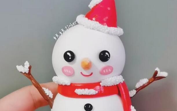 可爱的粘土小雪人制作步骤图解