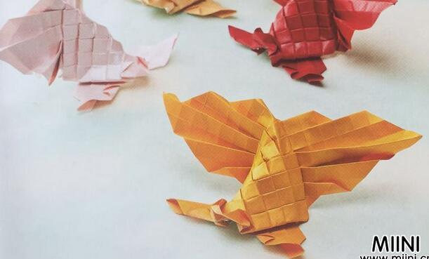 金鱼 (年年有余)折纸步骤图解教程