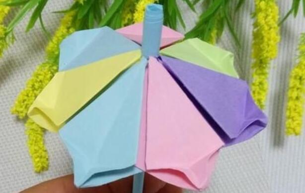 儿童折纸漂亮雨伞的教程