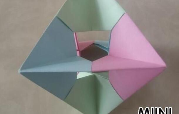 儿童手工折纸陀螺步骤教程