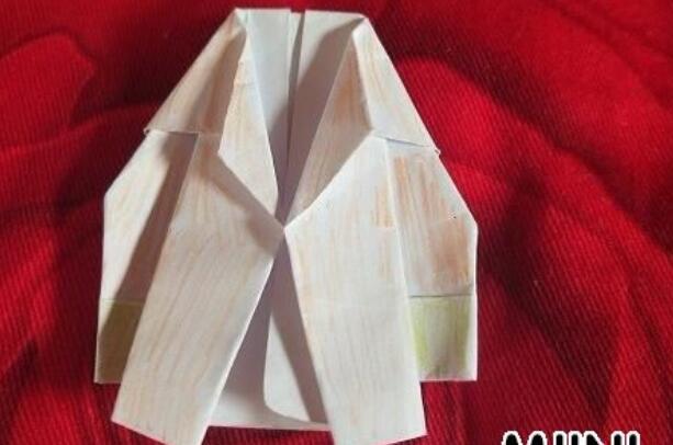 父亲节礼物折纸漂亮的西装步骤教程