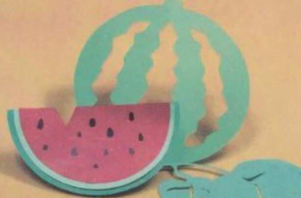 好吃的西瓜剪纸步骤教程