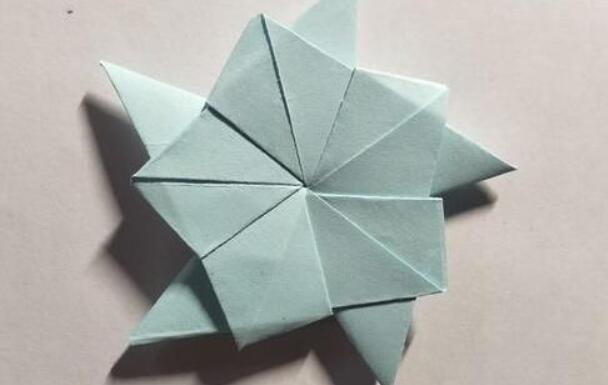 儿童折纸勋章五角星步骤教程