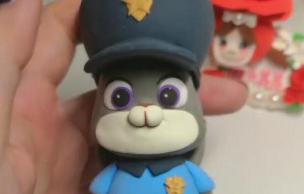 疯狂动物城粘土兔子朱迪制作教程
