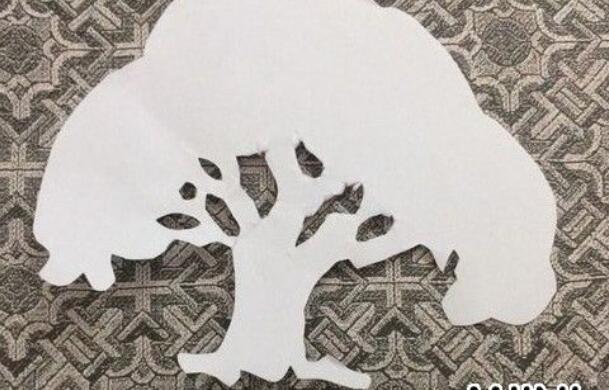 大树的剪纸步骤图解