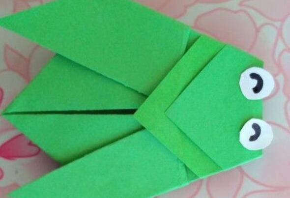 儿童简单折纸蝉的折法