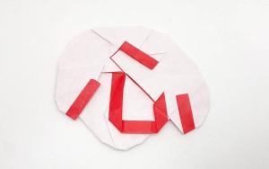 一张纸能折出心汉字,我们都有一个中国心