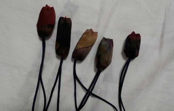 手工布艺郁金香花朵缝制步骤教程