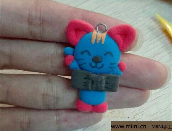 蓝色小猫咪挂件<a href=http://www.miini.cn/niantu/ target=_blank class=infotextkey>粘土</a>教程