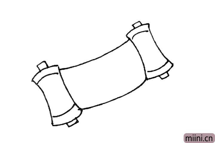 4.中间再画上两条长弧线。