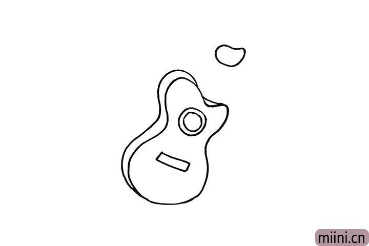 5.用一个不规则的椭圆画出上方的琴头。