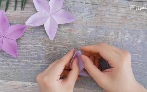 折纸樱花形状收纳盘