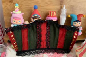 给玩偶娃娃制作一件鱼骨胸衣