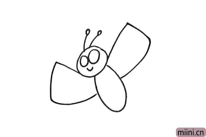 4.画蝴蝶的翅膀。