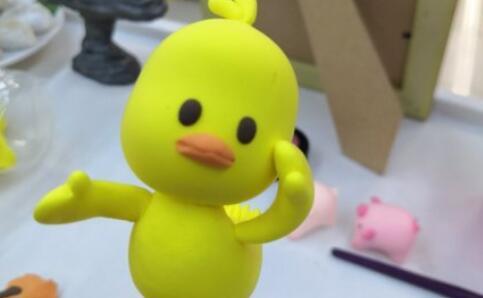 粘土小黄鸭战士请求参加灭蝗战役
