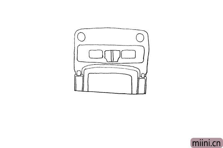 4.注意细节再来画出车头的下半部分。