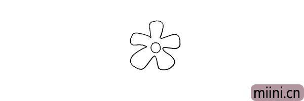 3.注意花瓣的形状.画的时候慢一些。