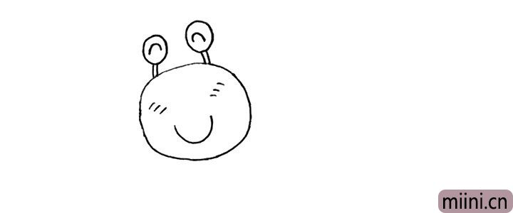 3.以及它凸出的眼睛.是圆圆的。