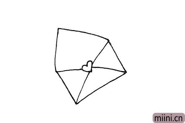 4.上面,再画上一个三角形。