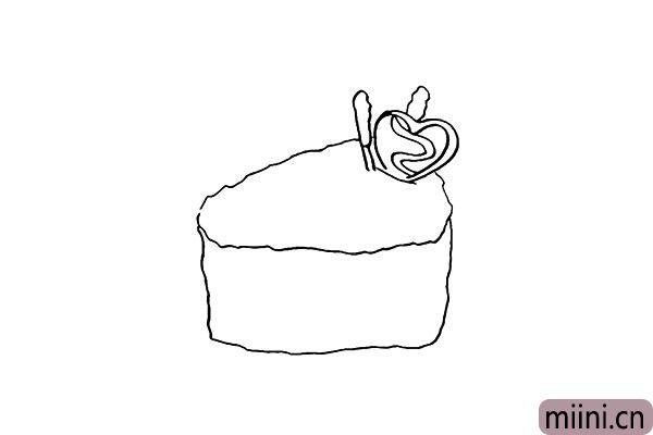 5.接着勾勒出下方的面包部分。