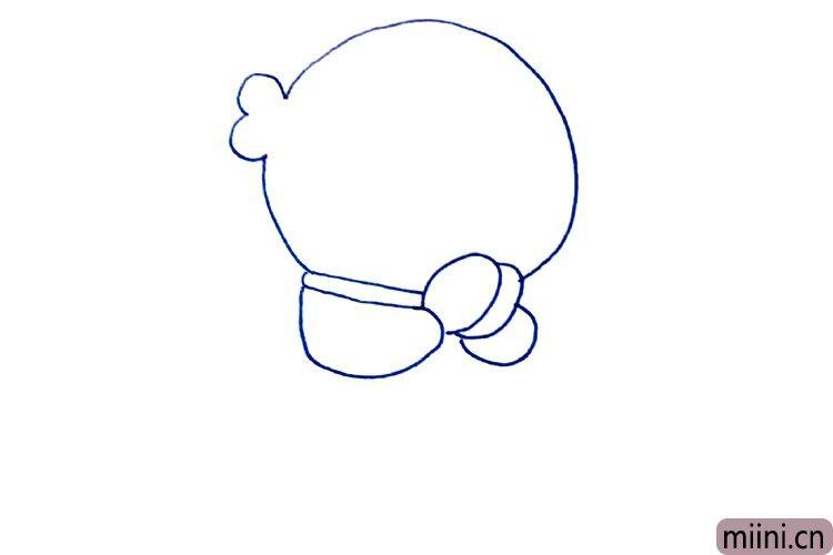 3.画哆啦A梦的手。