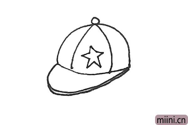 4.还可以加上一些装饰细节,例如图案和帽檐的厚度。