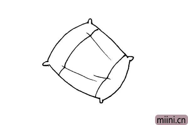 3.中间画上一些褶皱,也可不画,再加上横的条纹。
