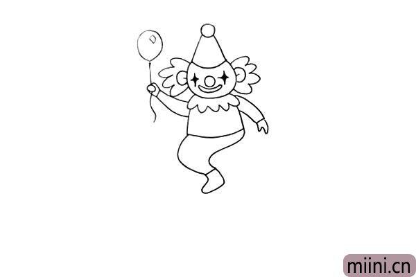 11.在画上小丑的腿.它的腿是弯曲的.还有鞋子。