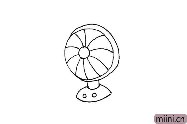 5.再下面,画上支撑的底座,和两个圆形的按钮。