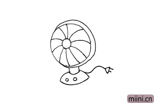6.后面,外面再画出一条线,用半个椭圆形和两条短线画出电线。