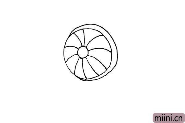 3.外面再画上一条弧线包裹住圆形的一边。