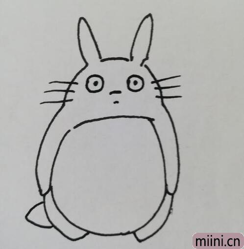 龙猫简笔画01.jpg