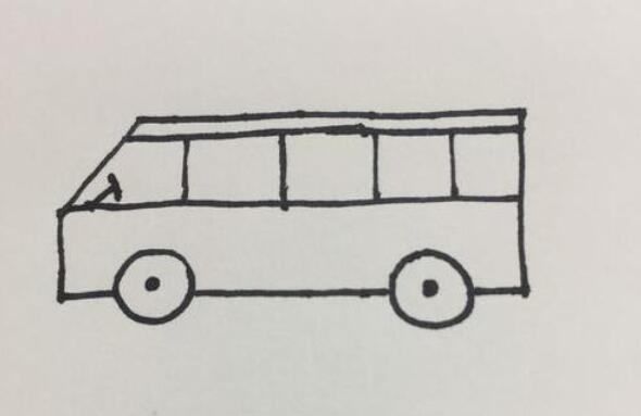 拉着小朋友去春游的大客车简笔画步骤教程