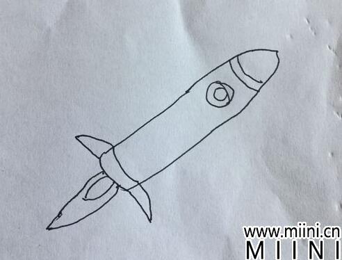 火箭简笔画06.jpg