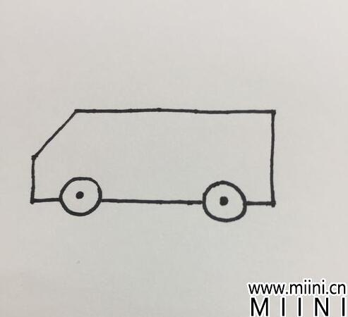 客车简笔画04.jpg