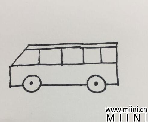 客车简笔画07.jpg