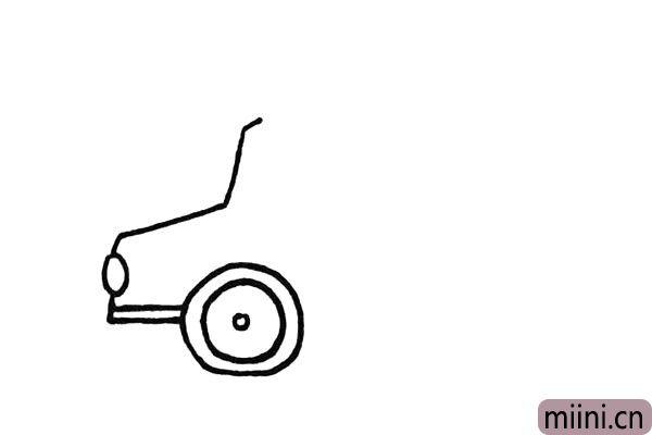 3.然后把它的前轮勾勒出来.车轮用几个圆圈代替。