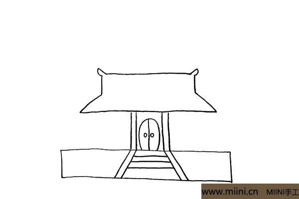 4.在柱子的上方画出寺庙的屋顶.注意屋顶形状。