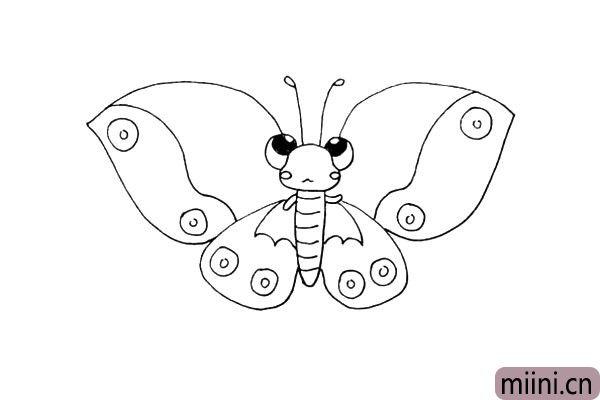 15.同样画出翅膀上的花纹.是波浪线和圆圈组成的。