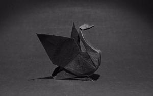 教大家来折纸黑天鹅步骤教程