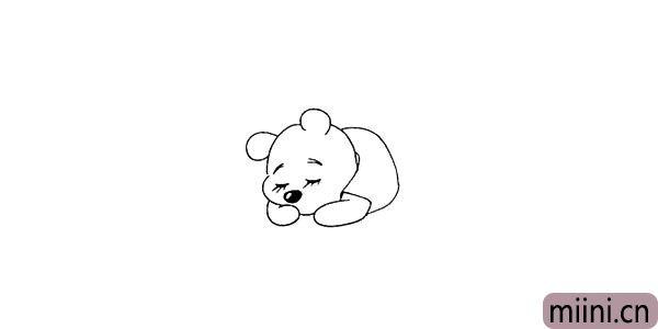 第九步.向后画出维尼熊的上衣部分。