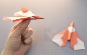纸飞机模型折纸步骤方法