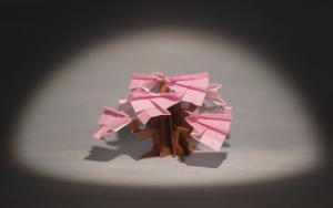 为武汉折纸一树樱花,希望疫情早日过去,世界和平
